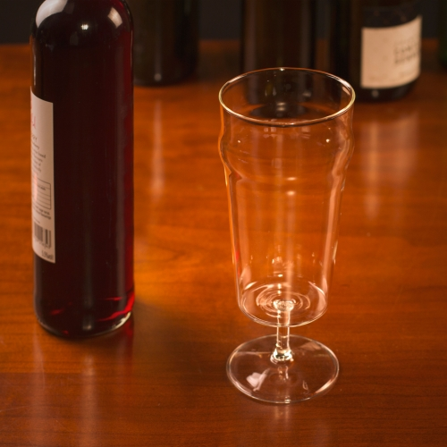 Pint-O-Wine Glass Large Image