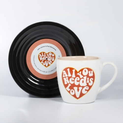 L&M Mug and Saucer Set - Love