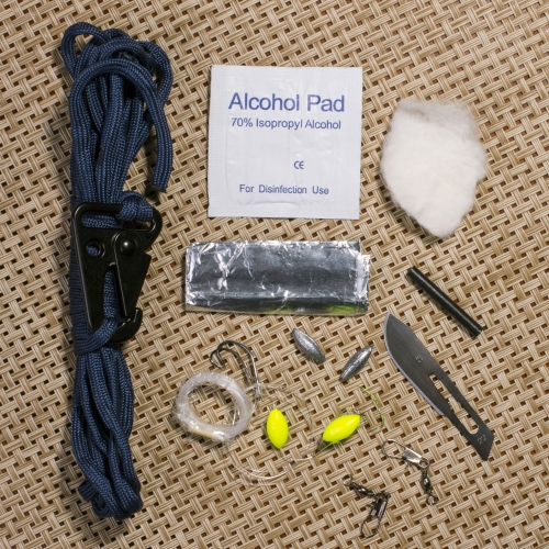 Survival Kit - 12in1 Outdoor-Tool