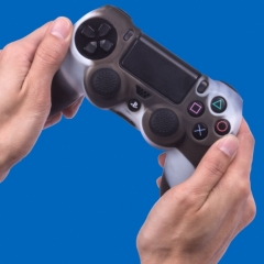 2643_OR020816PS4ControllerSkinCamo_Lif_.jpg