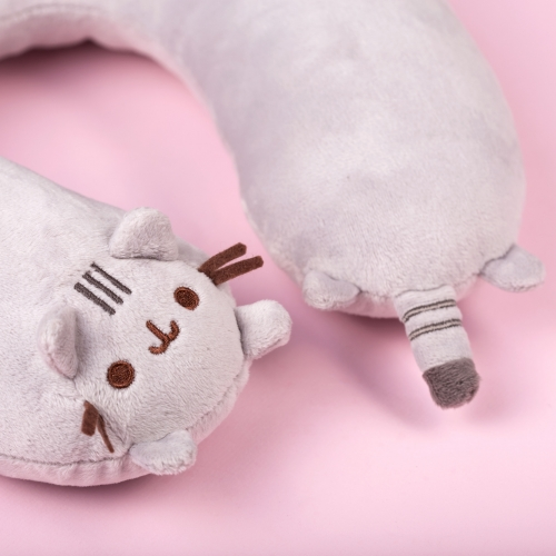 Pusheen - Travel Pillow